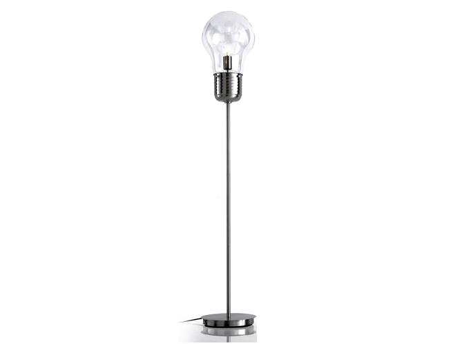 Envie de se pr lasser dans le m me transat qu 39 alain delon for Lampe en forme d ampoule