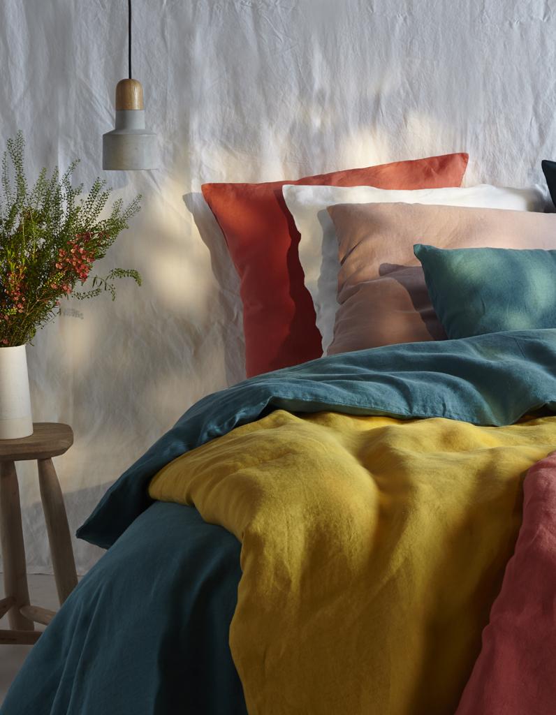 elled cocrush bouchara sort enfin du linge de maison en lin elle d coration. Black Bedroom Furniture Sets. Home Design Ideas