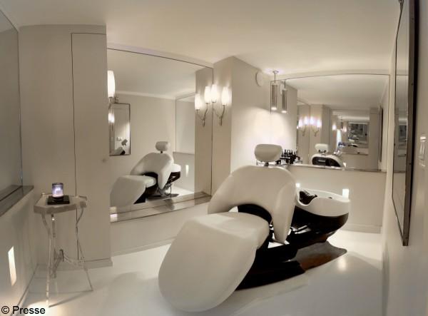 4 soins pour cheveux abim s elle. Black Bedroom Furniture Sets. Home Design Ideas