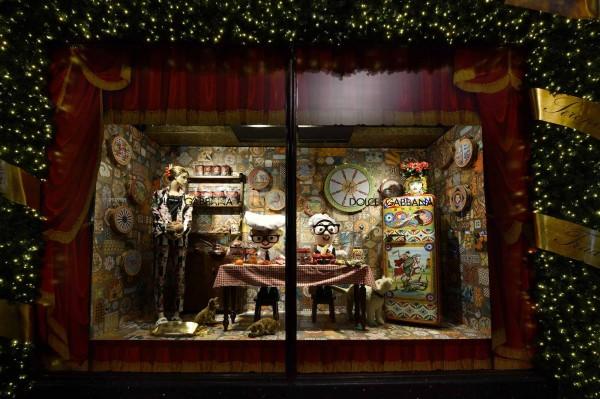 Dolce&Gabbana Italian Christmas at Harrods November 2nd 2017 - Windows (10)