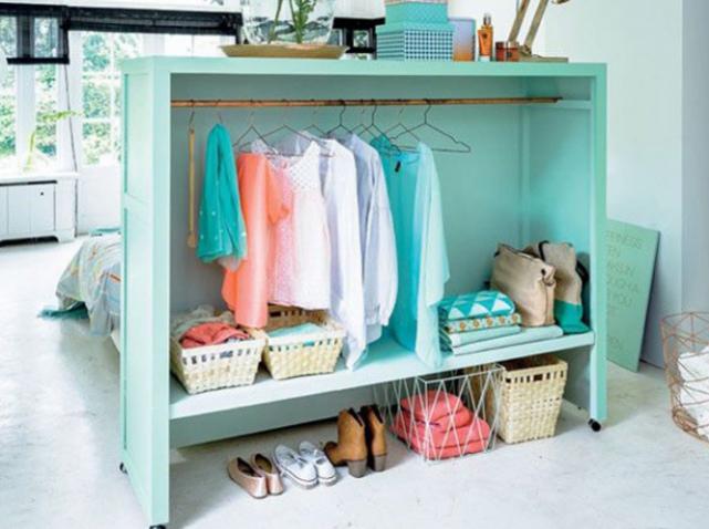 dressing 5 id es pratiques pour l 39 am nager elle d coration. Black Bedroom Furniture Sets. Home Design Ideas