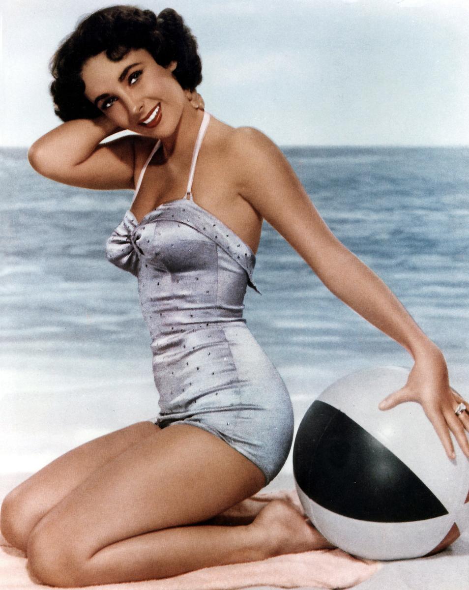 Elizabeth Taylor 1951 Copyright Aurimages