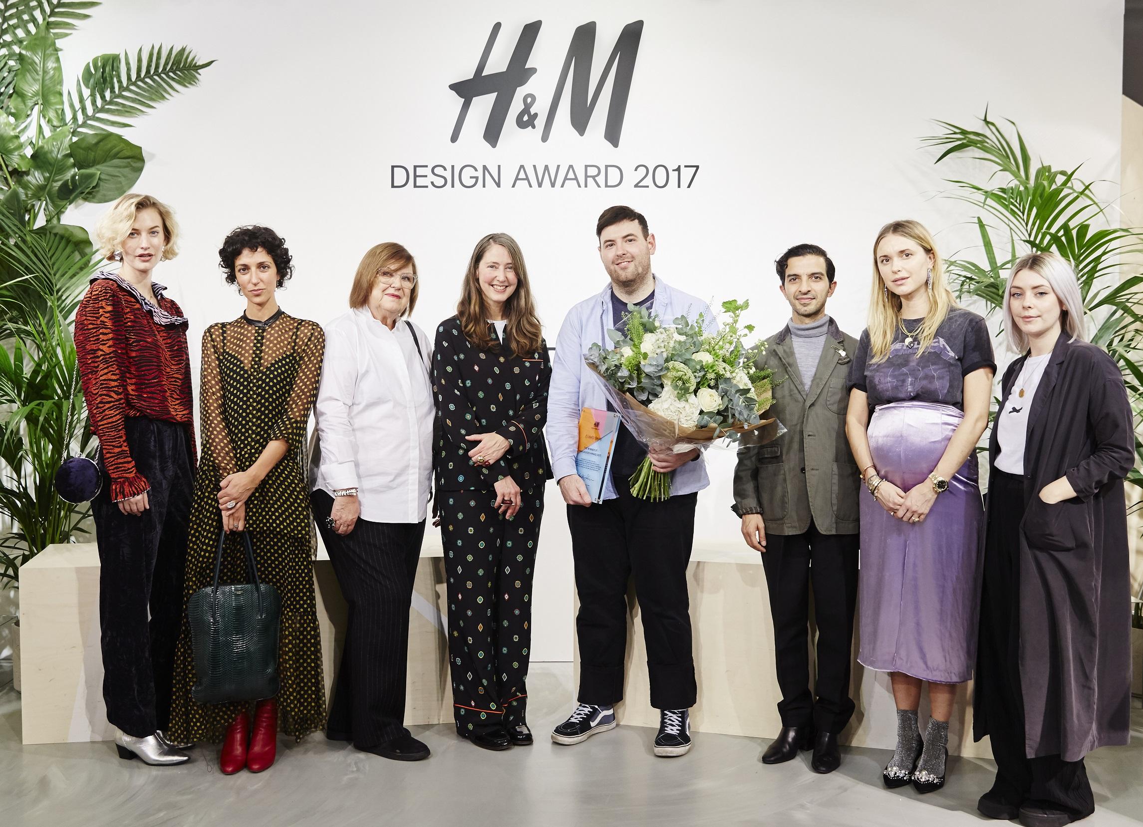 H&M Design Award 2017 : Richard Quinn fait triompher la ...