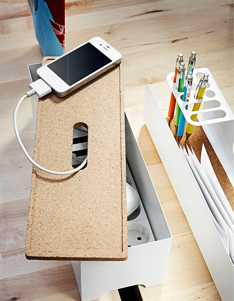 nos meilleures astuces pour cacher des fils lectriques. Black Bedroom Furniture Sets. Home Design Ideas