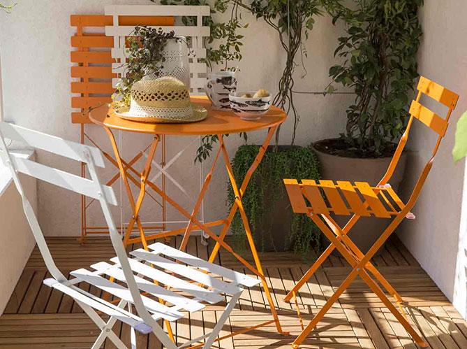 am nager un petit balcon elle d coration. Black Bedroom Furniture Sets. Home Design Ideas