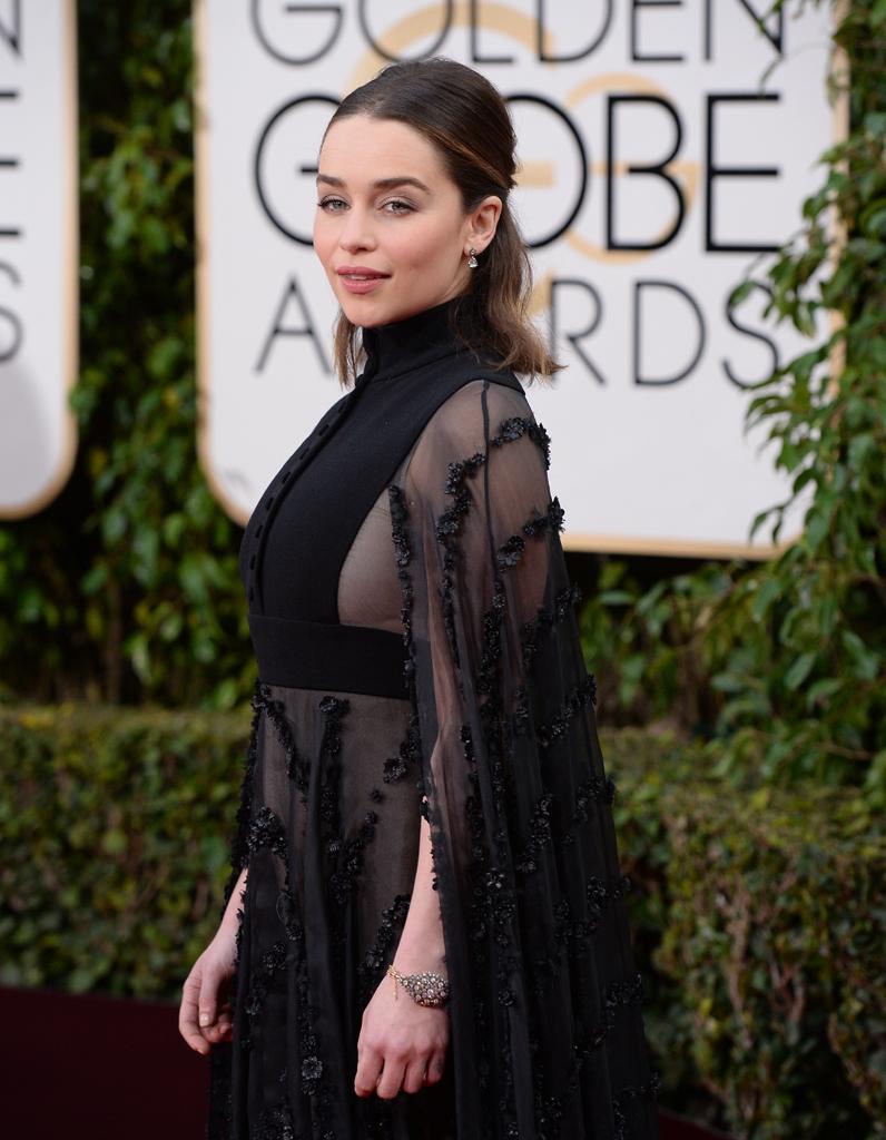 La demi-queue crêpée d'Emilia Clarke