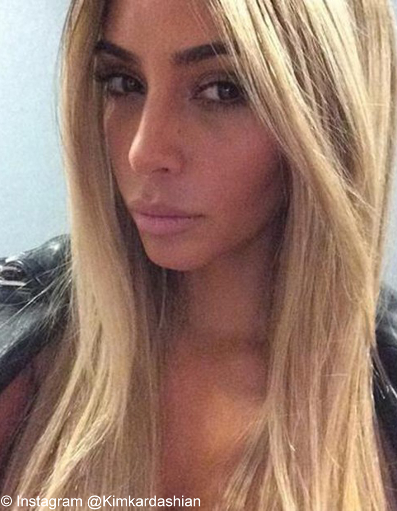 le helfie blond de kim kardashianjpg - Meilleure Coloration Blonde