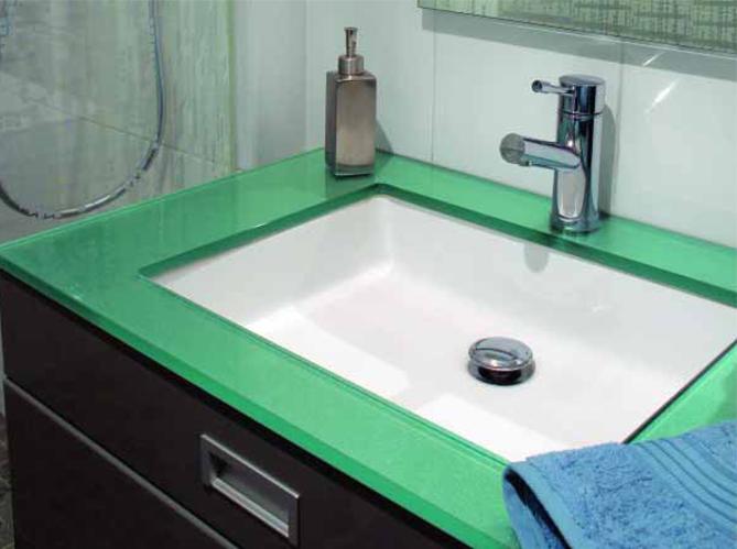 Le verre de synthèse s'installe dans toute la maison (image_3)