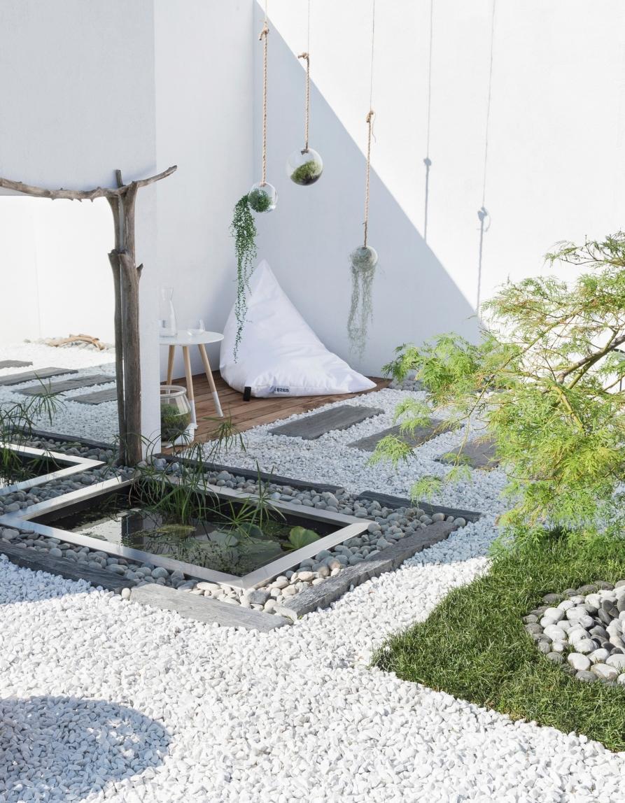 5 astuces pour que votre jardin paraisse entretenu par un. Black Bedroom Furniture Sets. Home Design Ideas