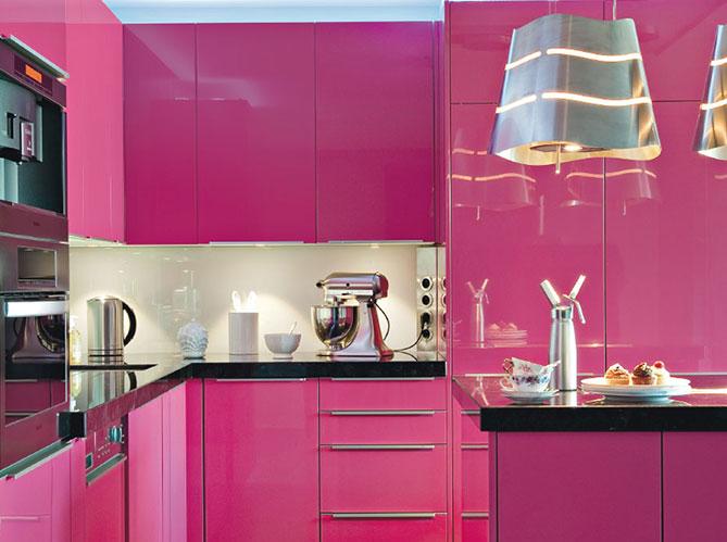 les cuisines darty vous en font voir de toutes les couleurs elle d coration. Black Bedroom Furniture Sets. Home Design Ideas
