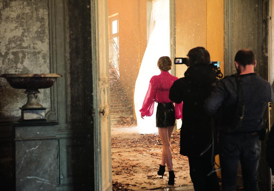 Lily Rose Depp en tournage pour la campagne Chanel 5