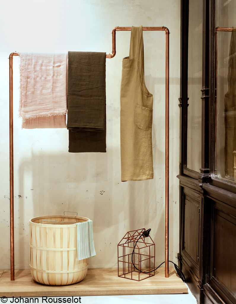 ines de la fressange inaugure ses boutiques aujourd hui. Black Bedroom Furniture Sets. Home Design Ideas