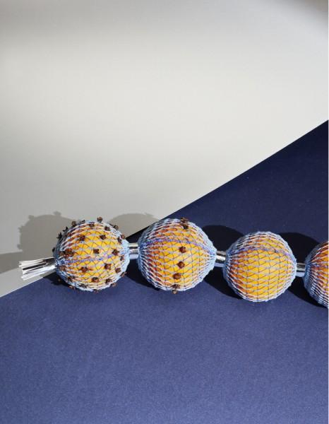 pomme dambre marieaurore stiker metral