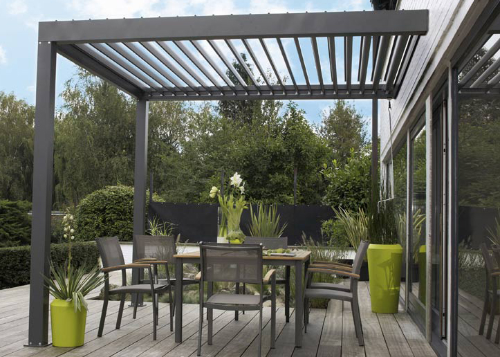 couvrir une pergola beautiful pergola coulissante leclerc. Black Bedroom Furniture Sets. Home Design Ideas
