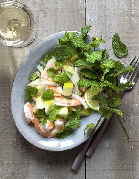 Salade-crevettes-pommes-menthe_reference
