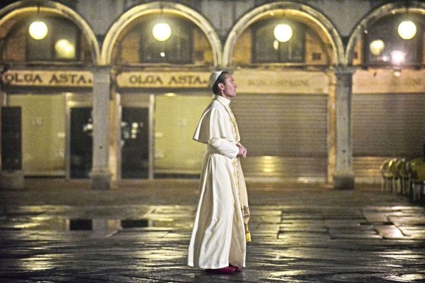 the young pope_séries