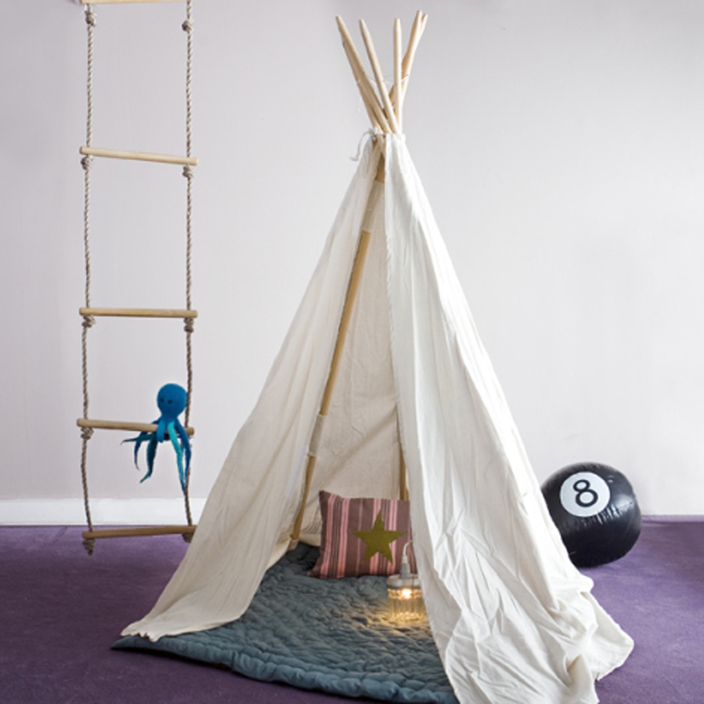 fabriquer un tipi pour chat niche pour chat ou petit. Black Bedroom Furniture Sets. Home Design Ideas