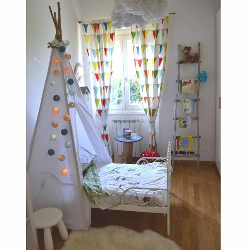 tipi tete de lit chambre enfant.jpg
