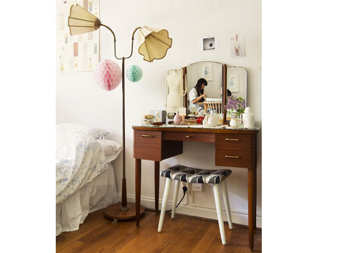 meuble coiffeuse pour chambre promotion coiffeuse table de maquillage ensemble de chambre en. Black Bedroom Furniture Sets. Home Design Ideas