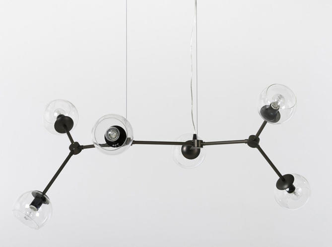 suspension design en verre 1 objet 2 budgets la suspension de lindsey adelman vs celle de. Black Bedroom Furniture Sets. Home Design Ideas