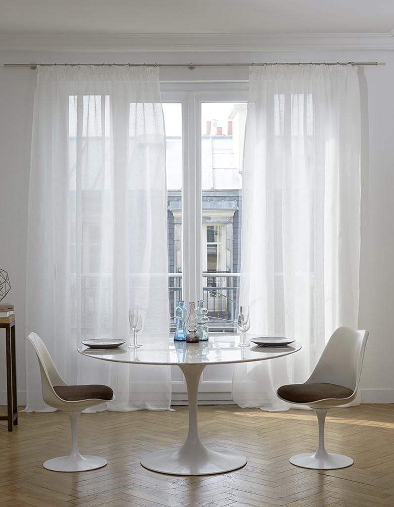 Comment bien choisir ses rideaux elle d coration for Decoration fenetre avec rideau