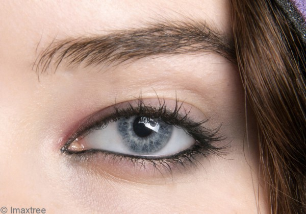 maquillage des yeux en amande notre tuto pour maquiller. Black Bedroom Furniture Sets. Home Design Ideas