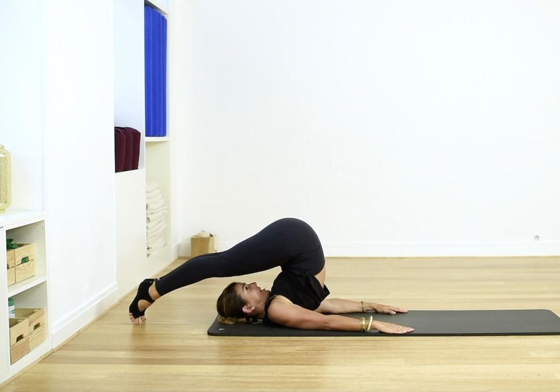 Cours De Pilates En Video 20 Minutes De Stretch Elle