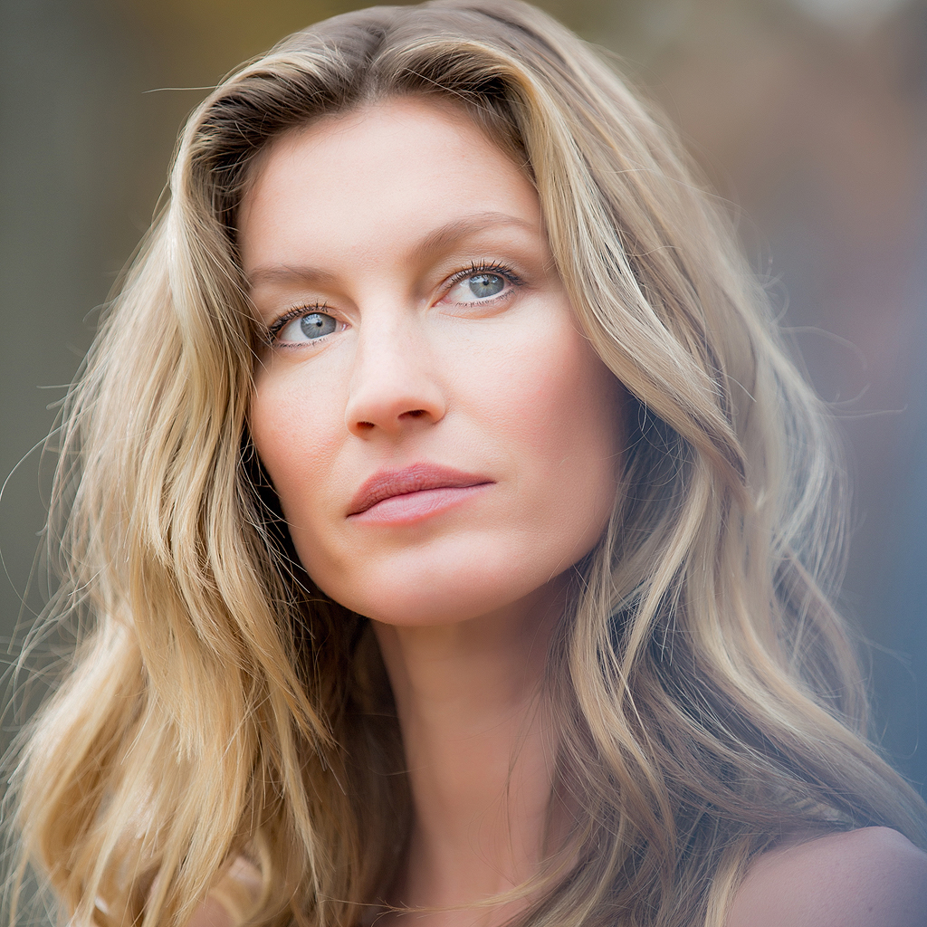 Gisele Bundchen Is a Knockout in This Boxing Video