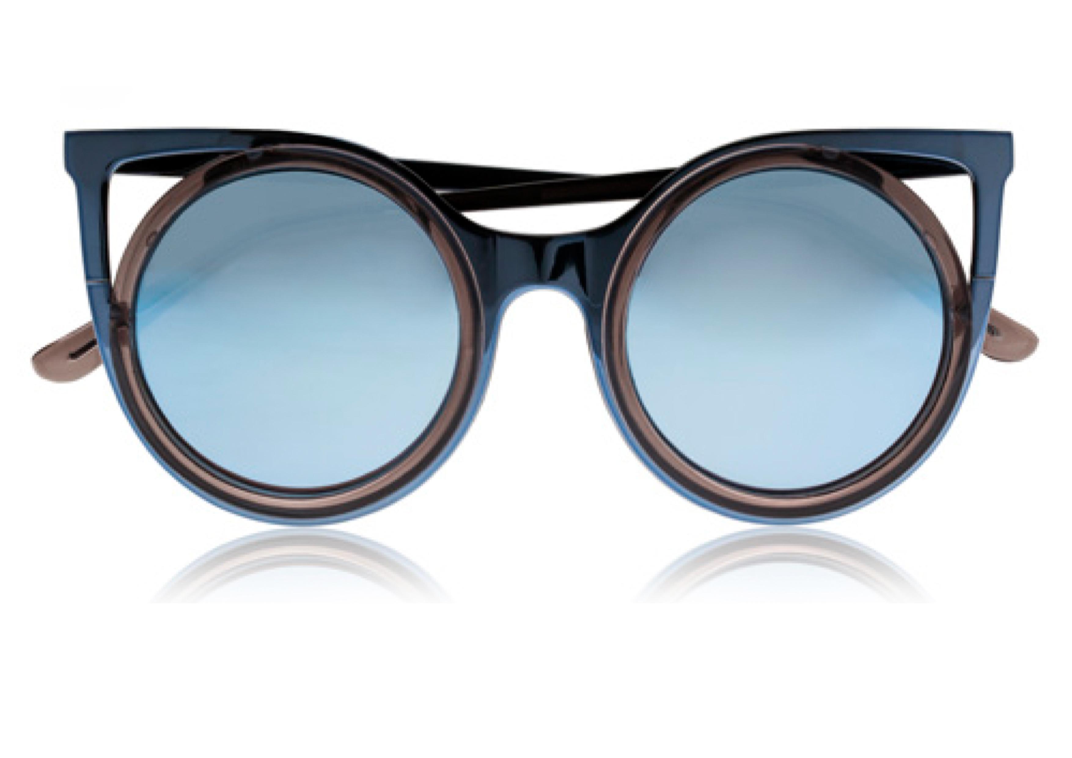 813eaa22184ce Lunettes de soleil miroir bleu clair Seafolly - 20 lunettes de soleil  miroir pour passer un été stylé - Elle