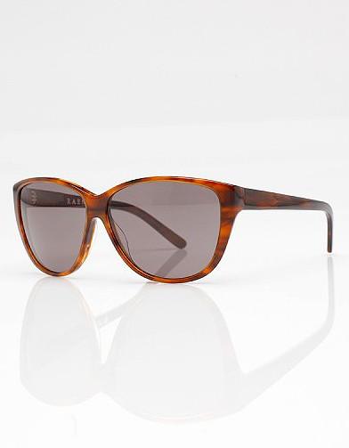 mode tendance guide shopping lunettes visage ovale cat eye nora in rootbeer lunettes de soleil. Black Bedroom Furniture Sets. Home Design Ideas