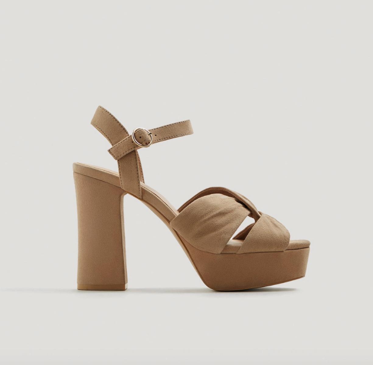 e0baec5f0c28 Sandales à talons Mango - Voici 30 sandales à talons qui affolent les  filles cool - Elle