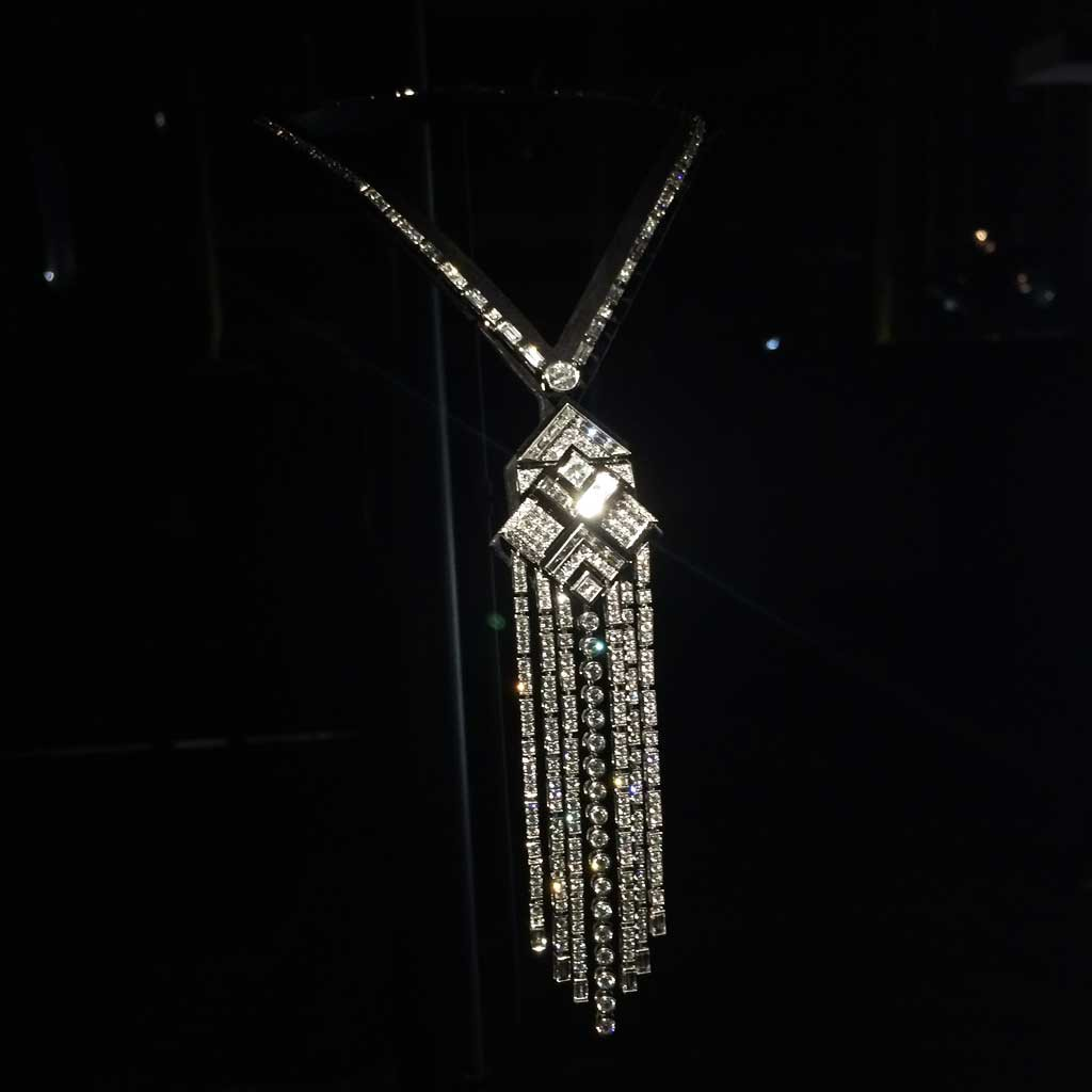 Chanel collection caf society collier 39 charleston for Haute joaillerie chanel