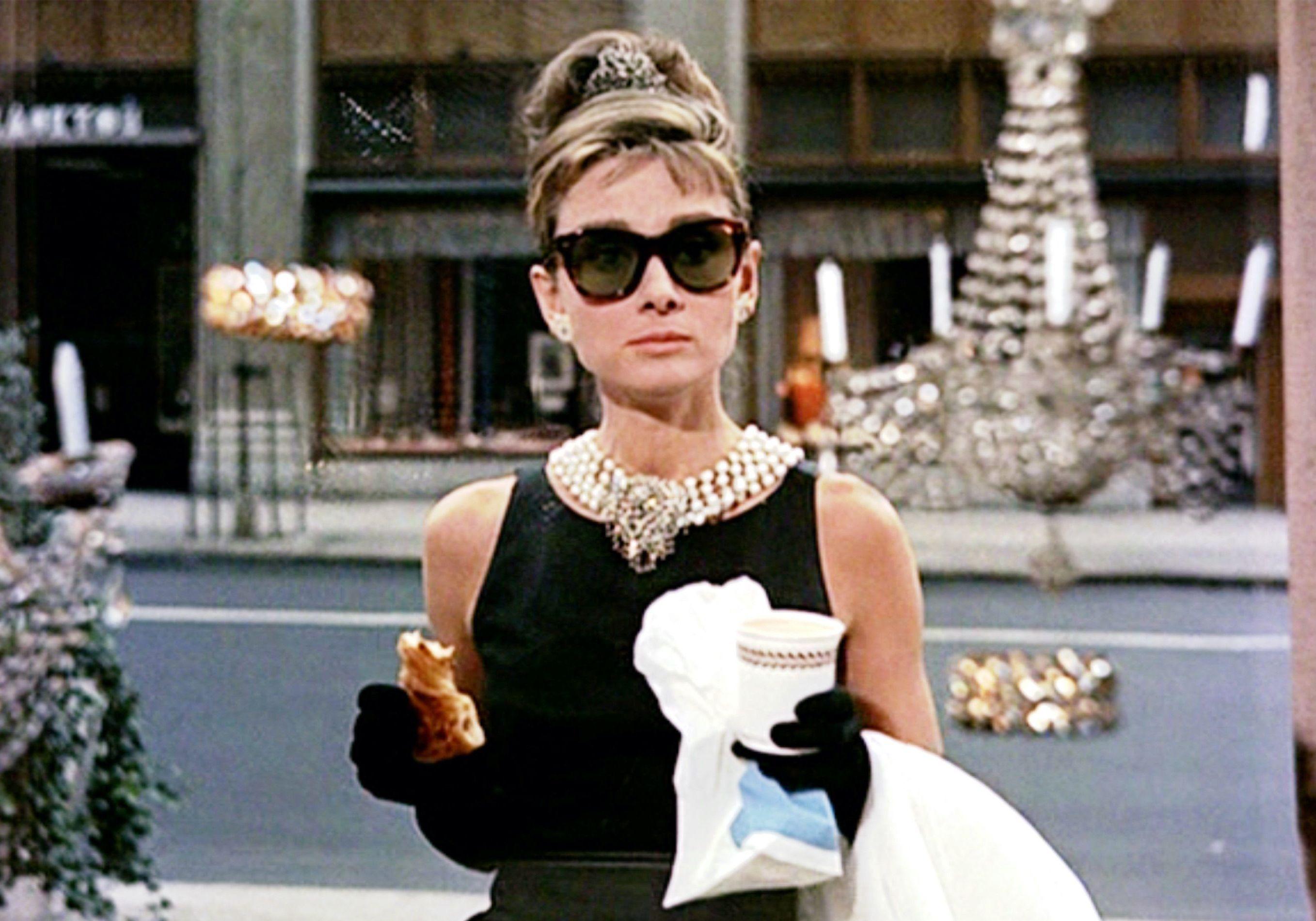 Breakfast at Tiffany's : comment s'habilleraient les personnages en 2021 ? - Elle