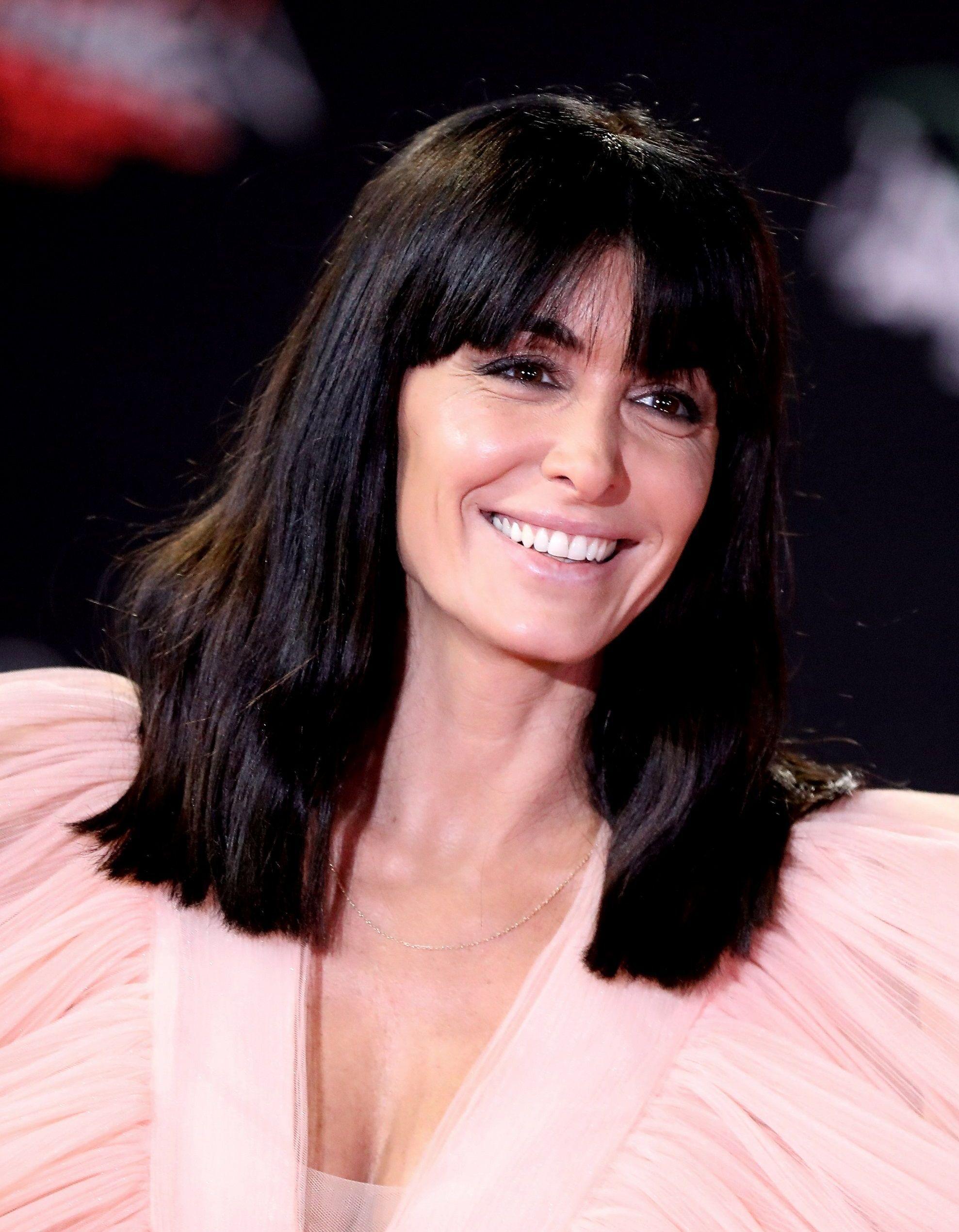 Jenifer : sa robe dans « La lettre » sur France 2 crée le buzz - Elle