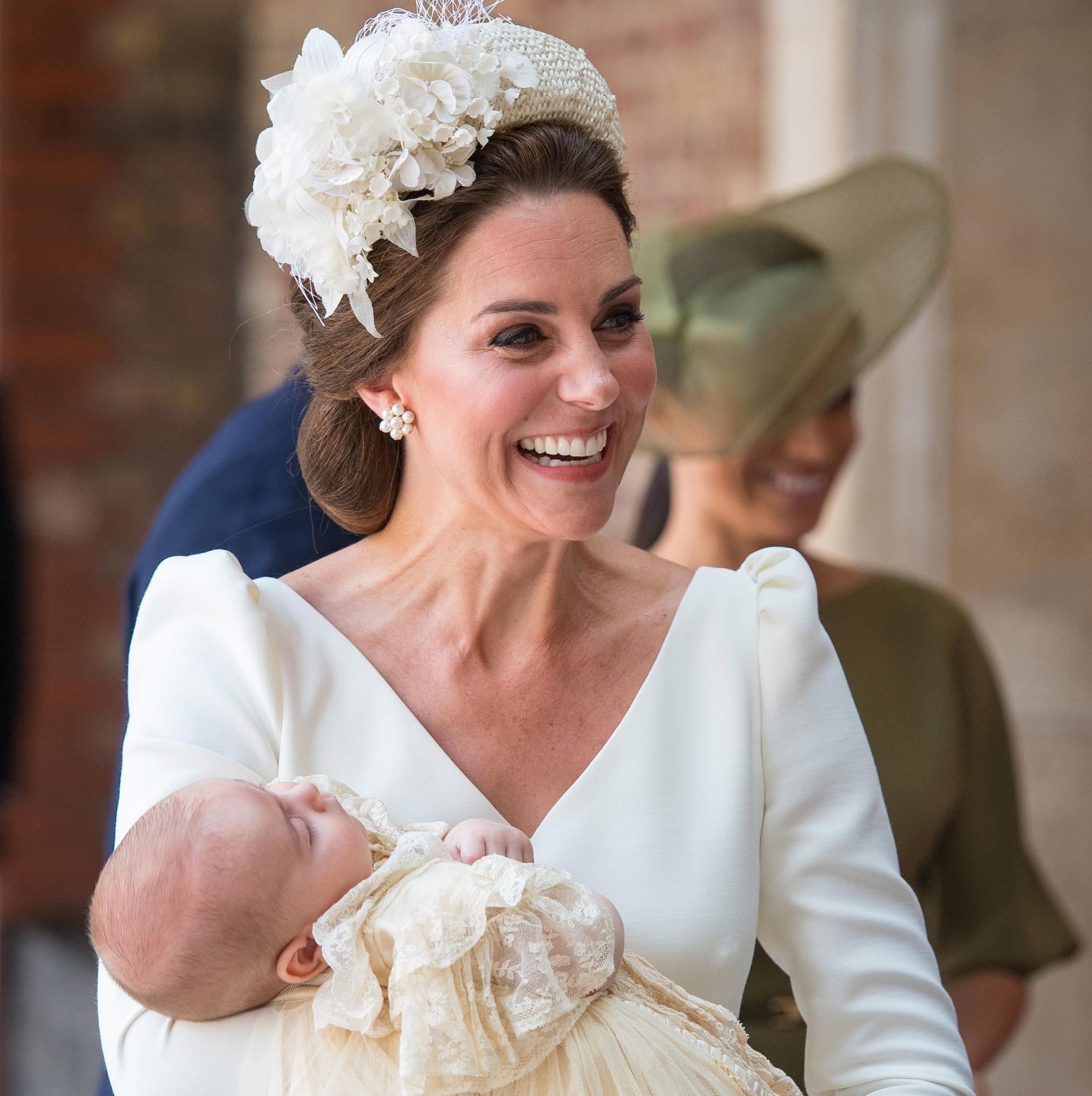 Kate Middleton Pourquoi Portait Elle Encore Une Robe Alexander Mcqueen Pour Le Bapteme De Louis Elle