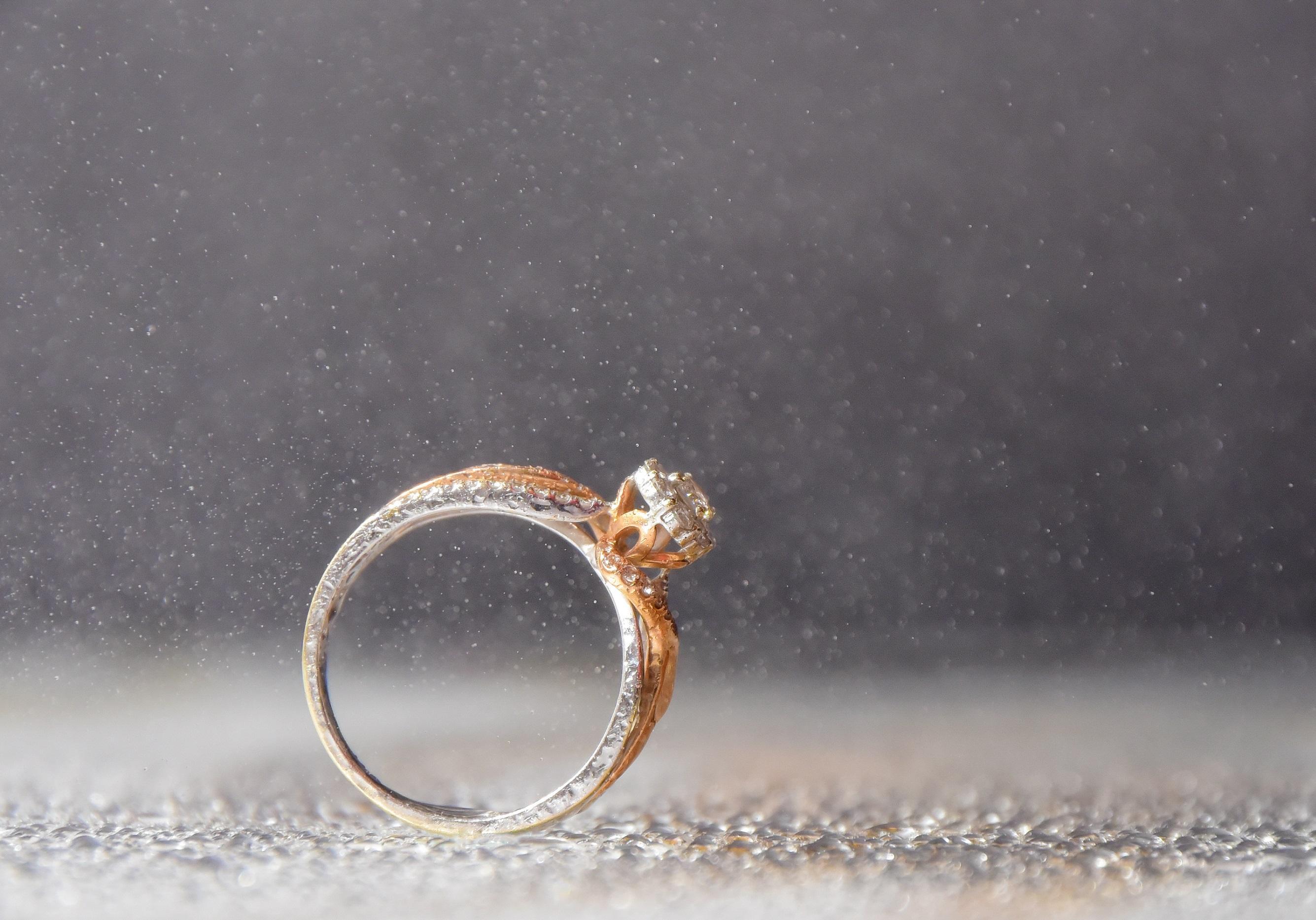 Royaume-Uni disponibilité 318d9 26a95 Comment choisir sa bague de fiançailles - Elle
