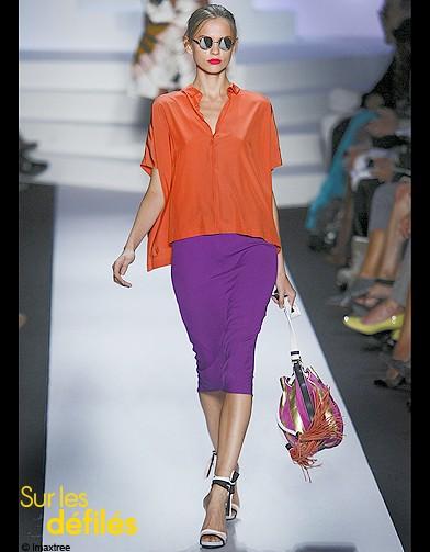 http://www.elle.fr/var/plain_site/storage/images/mode/les-conseils-mode/question-mode/conseils-mode-on-passe-a-l-orange/mode-conseils-shopping-look-tendance-orange-von-furstenberg/16736864-1-fre-FR/Mode-conseils-shopping-look-tendance-orange-Von-Furstenberg_reference.jpg