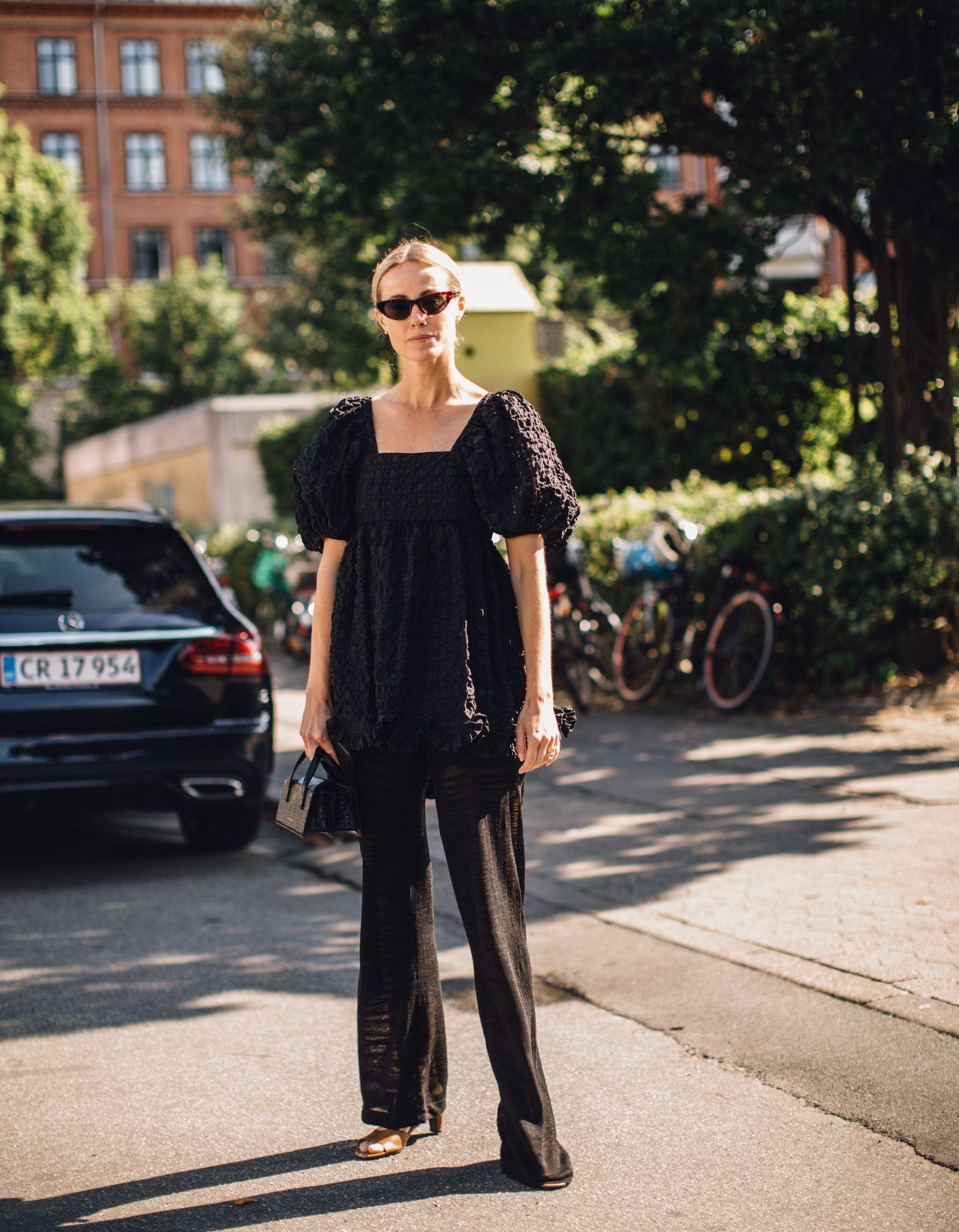 Vrai ou Faux : les vêtements noirs tiennent-ils plus chaud ? - Elle