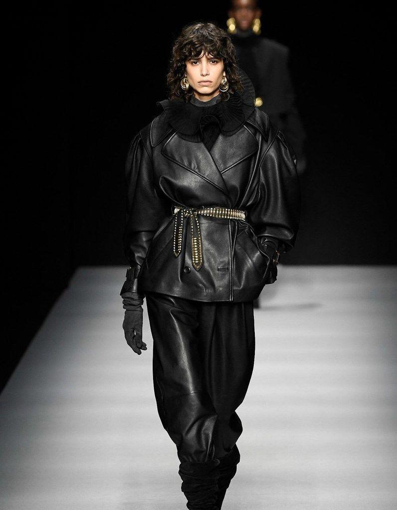 Défilé Alberta Ferretti Prêt à porter Automne-Hiver 2020-2021 - Milan - Elle