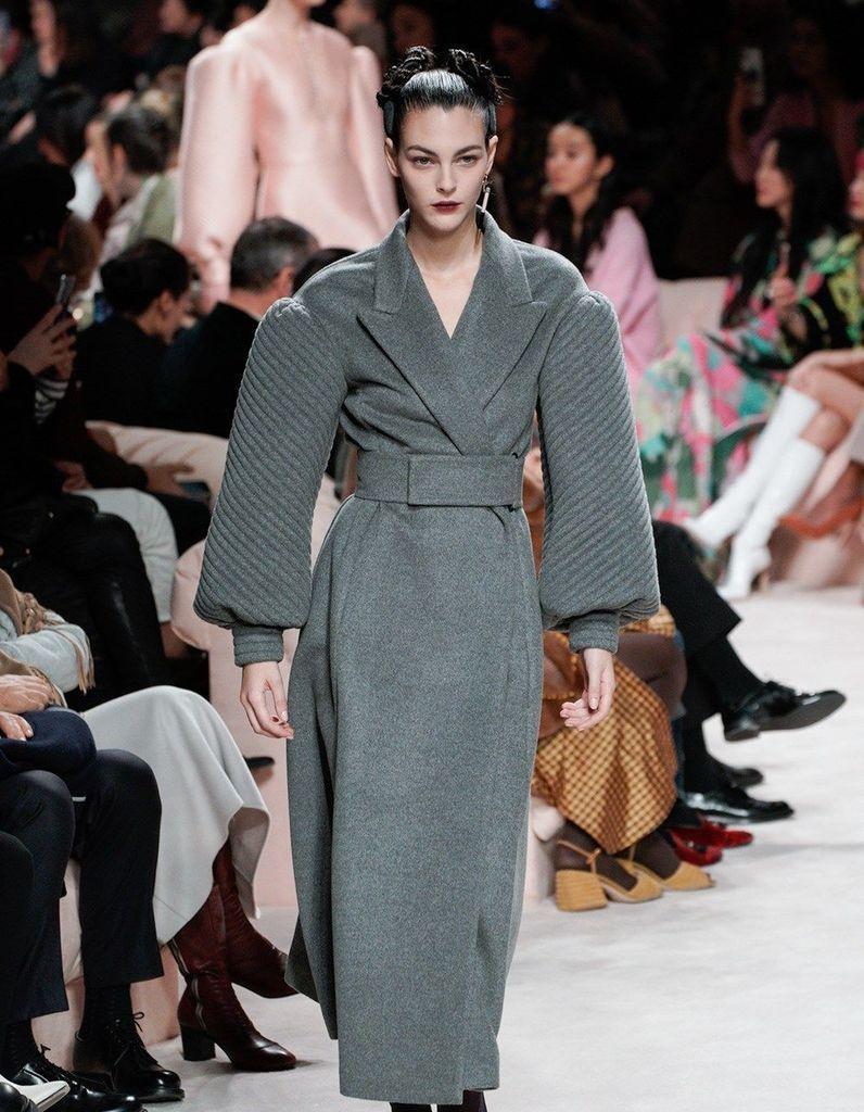Défilé Fendi Prêt à porter Automne-Hiver 2020-2021 - Milan - Elle