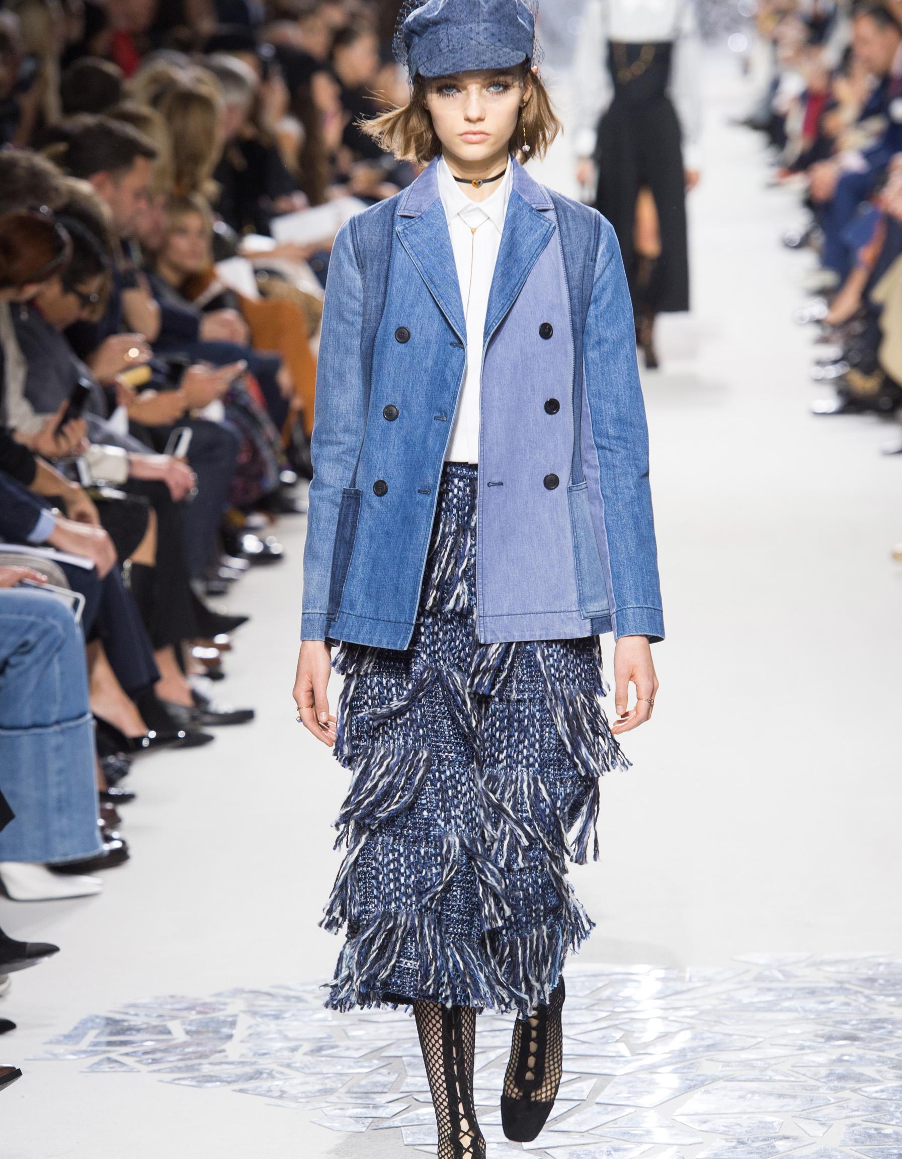 faea56acc7f Défilé Christian Dior Prêt à porter Printemps-Été 2018 - Paris - Elle