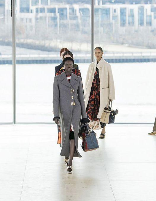 À quelques jours de la Fashion Week de New York, les créateurs américains se désistent - Elle
