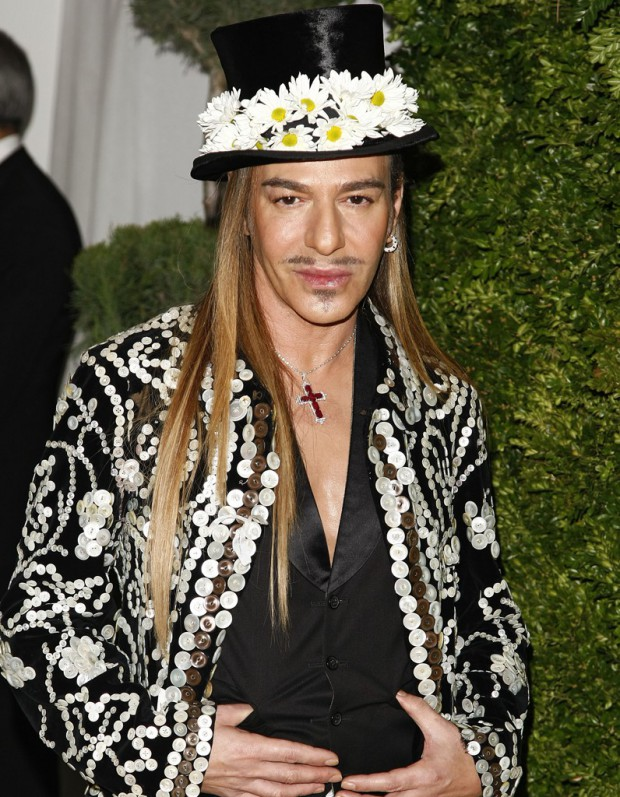 John Galliano, le retour du pirate de la mode ?