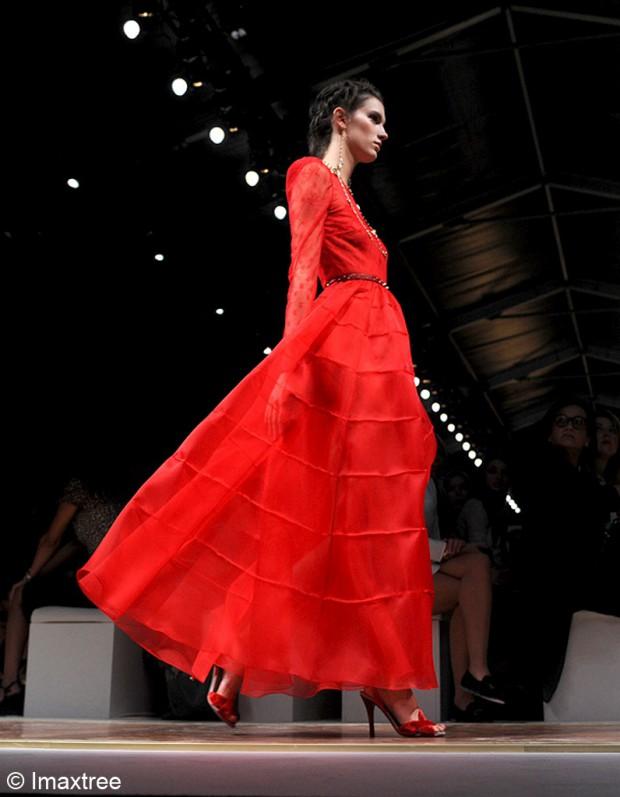 Le qatar rach te la maison de couture valentino elle for Ayzel maison de couture