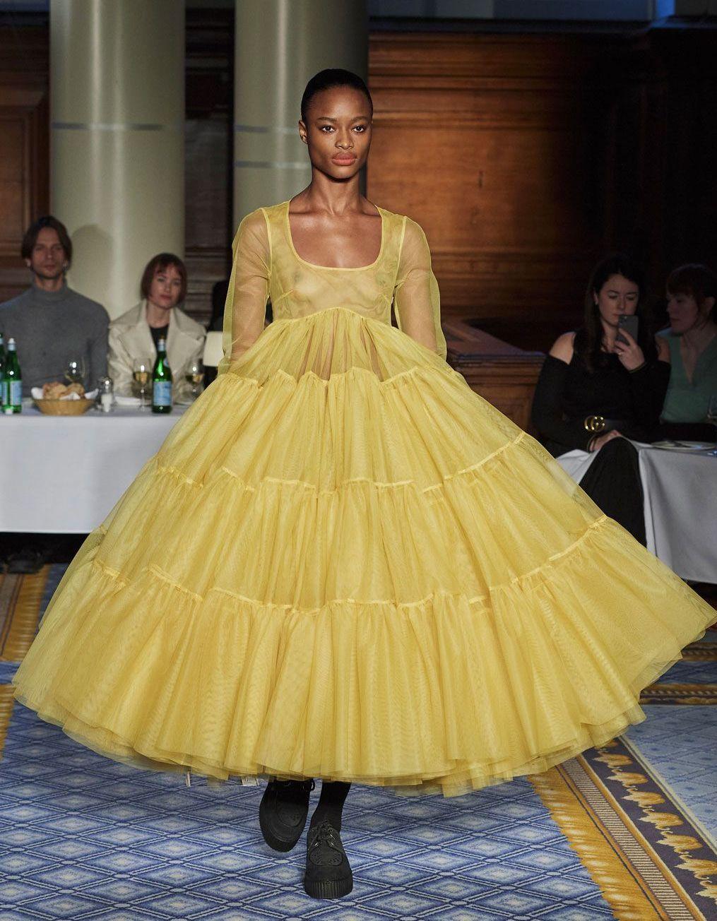 Ce qu'il faut retenir de la Fashion Week automne-hiver 2020-2021 de Londres - Elle