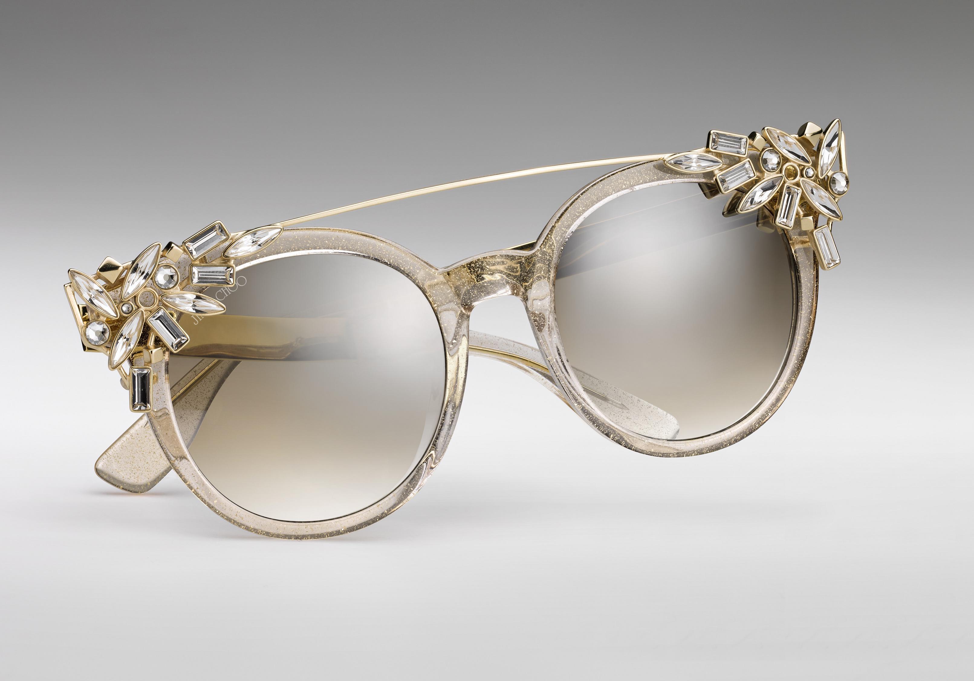 L instant mode   les lunettes anniversaire de Jimmy Choo - Elle 17364de8f8da
