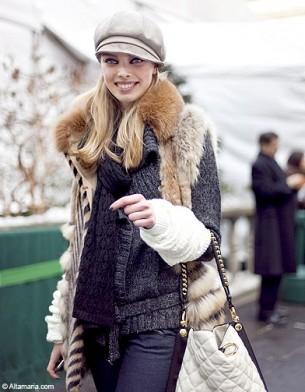 Mode street style look tendance chapeau gavroche girl