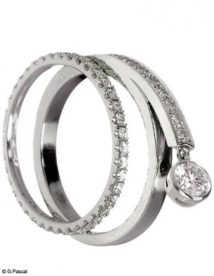 Mode diaporama accessoire bijoux mariage alliance chaumet