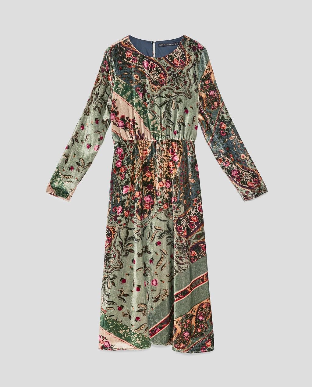 e91735beb61 Robe en velours imprimé Zara - 25 robes en velours qui ont définitivement  la cote - Elle
