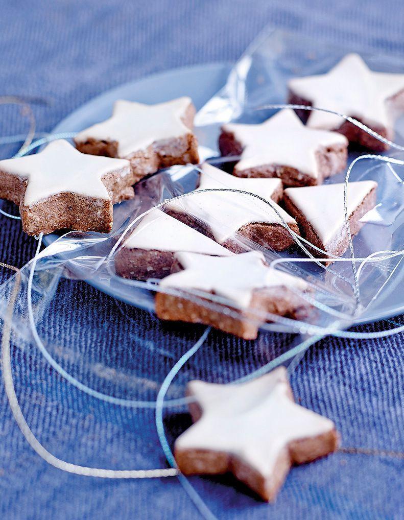 Comment préparer des étoiles de Noël à la cannelle - Elle